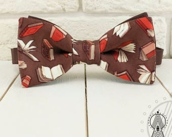 Books Bow tie, Brown bowtie, Bow tie Booklover, Bibliophile bow ties, Modern Bow tie, Schools accessories