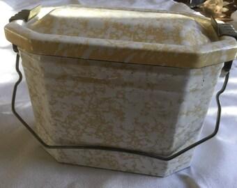 Vintage French enamel lunch caddy