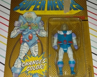 Vintage 1989 Toy Biz DC Comics Super Heroes Mr Freeze Carded Figure
