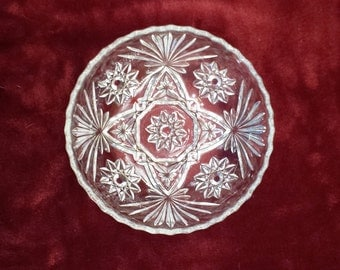 "Vintage Anchor Hocking Star of David Bowl 7 1/2"" Sawtooth Edge Pressed Glass 1960s"