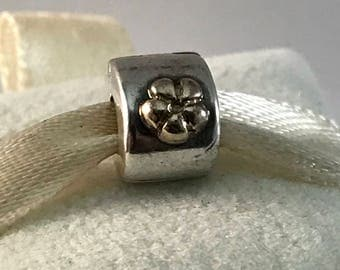 Pandora Gold Flowers Clip