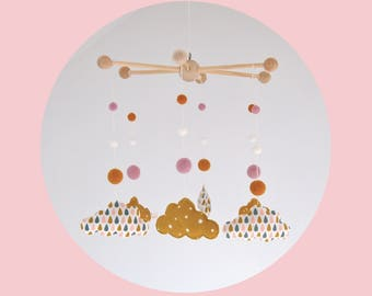 Mobile baby clouds ecofriendly - yellow mustard, white, gray and pink - reasons drops and Star
