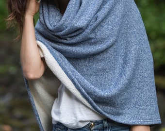 Winter Poncho in Blue