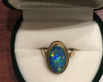 4ct Boulder Lightning Ridge Opal Vintage Ring in 9K Yellow Gold