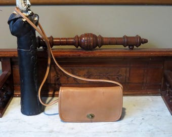 Spring Sale Coach Dinky Bag In Tabac ( Saddle?) Leather With Crossbody Strap Style 9375- Made In United States- VGC
