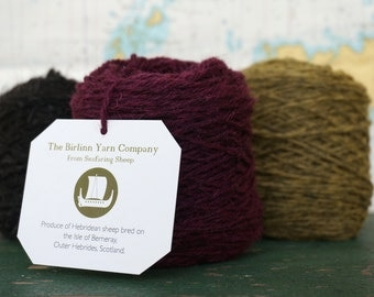 Organic Dyed Pure Wool Hebridean/Cheviot Blended knitting yarn: DUILEASG - DULSE (Deep Pink) 50g