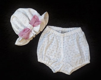 """Baby girls diaper & sun hat, Clothing for baby girls, White clothes, size 3-6 months, """"READY TO SHIP"""""""