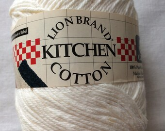 New Large Skein White Lion Brand Kitchen Cotton Yarn Worsted 4 Medium 5 ounces (142 g) 236 yards (215 m)