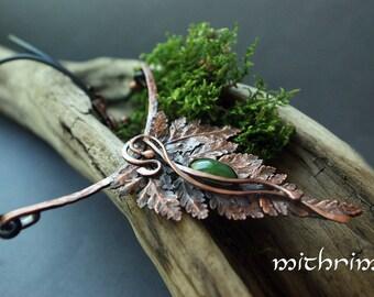 Fern Pendant Necklace, Botanical Jewelry, Copper Jewelry, Plant Jewelry Forest necklace Fern leaf, Elven jewelry, Jade green stone, nephrite