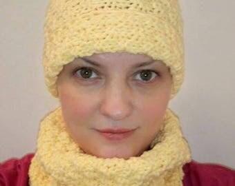 "Set knitted hat and LICs ""Kanareechnaja spring"""