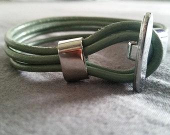 Leather Bracelet with toggle clasp LB2-01 ZAMAK