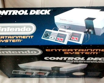 Vintage Nintendo Nes Control Deck Console + 2 controller and Super Mario Bros and Duck Hunt - Complete in Box