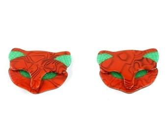 Lea Stein Quarrelsome Cat Earrings - Red Green