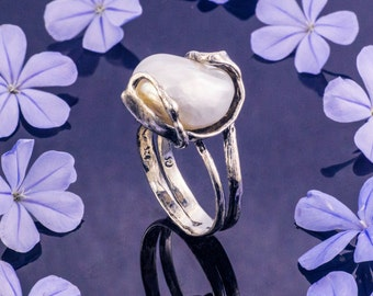 White Pearl Ring, Sterling Silver and Pearl Ring, June Birthstone Ring, Summer Ring, White Ring, Handmade, Fashion ring