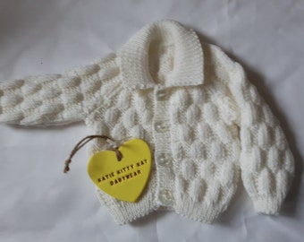 Hand Knit cardigan with collar,  Baby cardigan, Handmade, Cashmere cardigan, 0-3 months, Baby shower gift, Baby cashmere, Handmade,White
