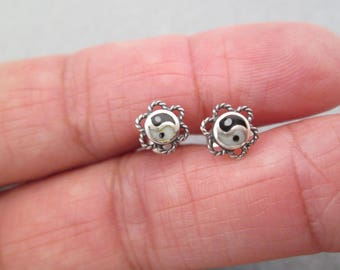 Vintage 1970's Sterling Silver YIN/YANG post Stud Earrings> Small and Dainty> New old stock, never worn