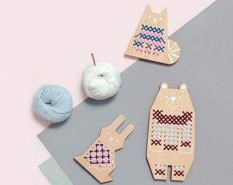 Cross Stitch Friends - Bear | Cross-stitch Kids Craft Kit, DIY Beginner Embroidery Kit, wooden toy with wool yarn, needle & patterns