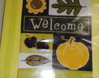 """Decorative Garden Flag/Fall Icon Collage/12.5"""" By 18"""" Long/""""Welcome""""/New (N)"""