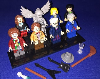 DOCTOR WHO Custom TV Show Tardis Television Set of 8 Minifigures Dr Who