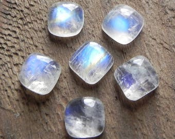 Moonstone cabochon #2 - square pillow form - 9 x 9 mm