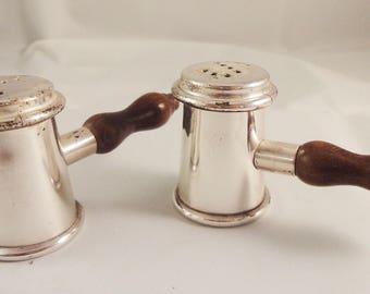 Chrome Salt and Pepper Set with wooden handle - Cruet Condiment Set - Made in Italy