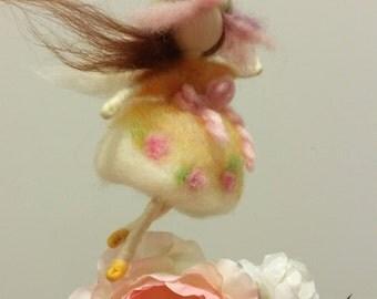 Needle Felted Fairy, Felted Wool Fairy, Hand Made Fairy, Home Deco, Wool Fairy, Felted Doll, Gefilzte Fee, Filzwolle