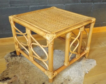 Pedestal coffee table in bamboo vintage rattan / bamboo and wicker vintage rattan Table / Table is hand made in France