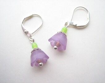 Little purple bell flower earrings, bell flower drops, small flower earrings, purple flowers, purple snowdrops
