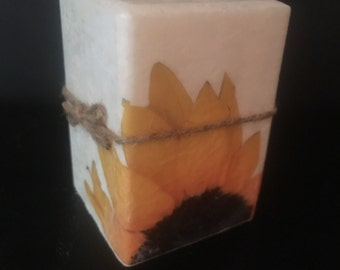 4x4 Sunflower boutiqued square pillar candle