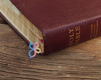 Bible Study Gifts - Bookworm Gifts - Cross Bookmarks - Lace Bookmarks - Card Filler Gifts - Tatted Lace - Bible Bookmarks - Lace Tatting