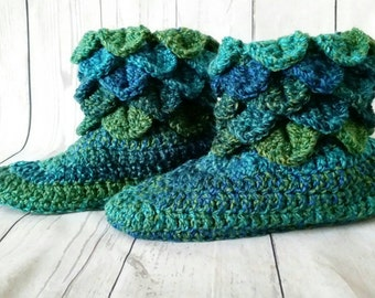 Crochet slippers. Crocodile stitch booties.  Crocodile stitch slippers. Adult slipper boots. Vegan slippers.