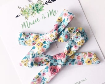 Spring Floral Pigtail Bows / Girls Hair Bows / Alligator Clip / No Slip Grip / Macie and Me / Pigtail Bows / Hand Tied