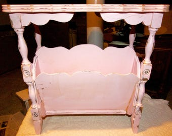 SHABBY CHIC Magazine Table