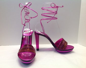 Charles Jourdan Paris Fuchsia lucite acrylic disco mule heels US 10