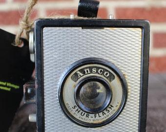 Ansco Shur-flash camera