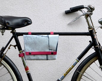 Waterproof panniers//3BaGo//Fanny Pack bike bag for frame and handlebar//bike friendly//handmade//cruelty free//comunicareineco