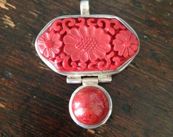 Faux cinnabar and coral pendant - Sterling silver