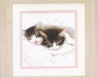 Cross Stitch Kit Lovely cats