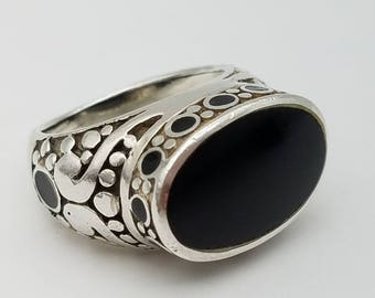 Sterling Silver and Black Onyx Vintage Ring - Size 7.5