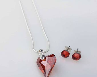 Swarovski red heart pendant necklace. With free matching earrings!