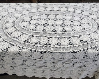 Crocheted Tablecloth. Large Vintage Lace Oval Tablecloth. Crocheted Cotton Lace Ivory/Cream Coloured Tablecloth. Oval Tablecloth RBT1641