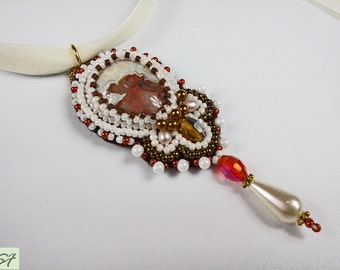 Agate Choker Art necklace pendant, White Pink Brown beadwork necklace, beaded embroidered jewelry, bead necklace, Victorian style, Gift her