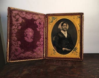 Fine Half-Plate Daguerreotype of an Older Woman, 19th Century Antique Photo in Beautiful Full Case