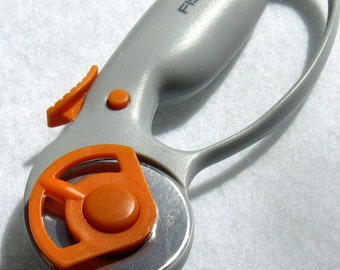 Rotary handle, Comfort Loop 45 MM, Rotary Handle, Fiskars Rotary Handle, Rotary Cutter, Leather Cutter, Fabric Cutter, Rotary