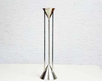 D - TEC candleholder