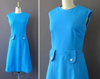 60s Blue Eyes Dress - 1960s Vintage Blue Dress - Sleeveless Dress w White Trim Stitching and White Buttons at Waist - Chic Dress by Sacony