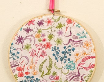 "Wall decor, bright floral fabric in 8"" embroidery hoop"