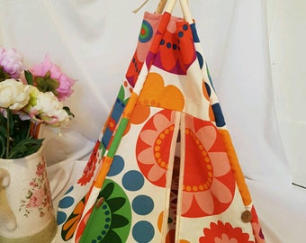 Pet tent/Pet teepee/Cat tent/Dog tent/with bedding and carry bag/gift/pet