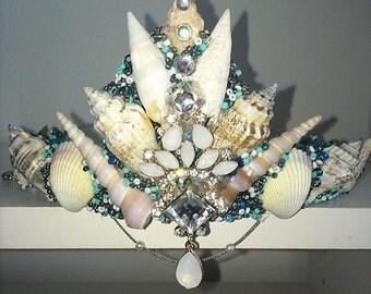 Wedding crowns for taisha