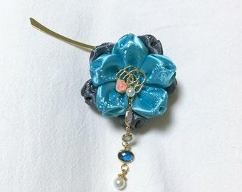 Ribbon flower Bookmark - Blue on Gray
